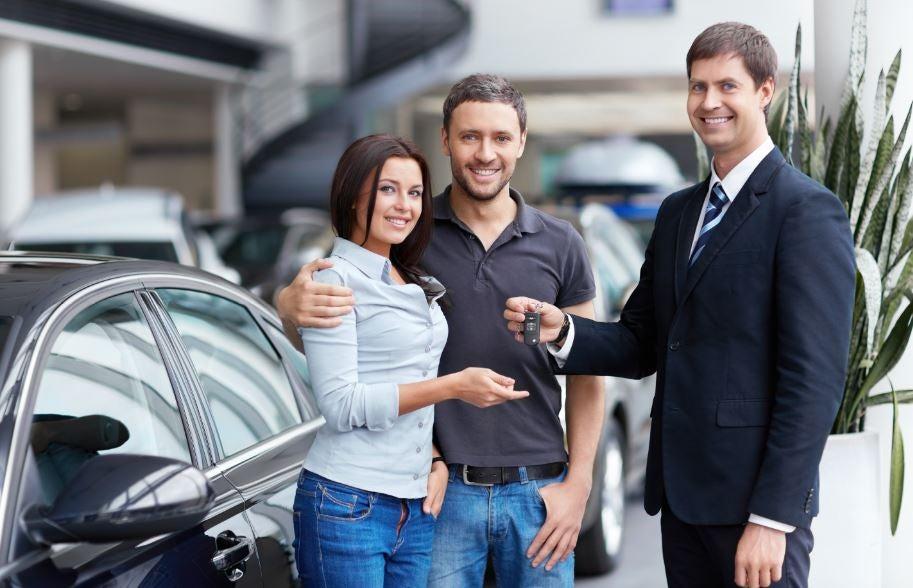 Comprando un coche: ¿concesionario o particular?
