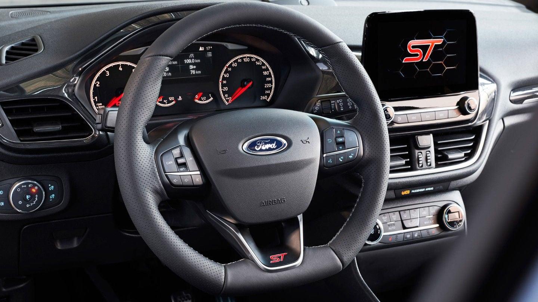 Ford Fiesta ST: interior