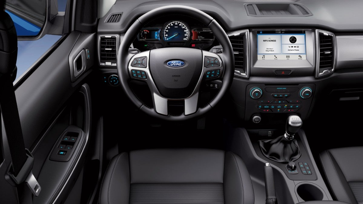 Ford Ranger: interior