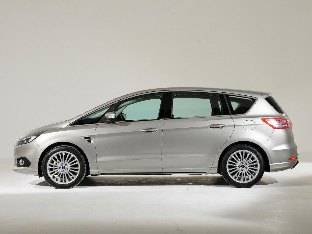 perfil del ford s-max 2015