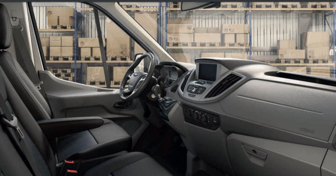 Interior del Ford Transit Autocaravana.