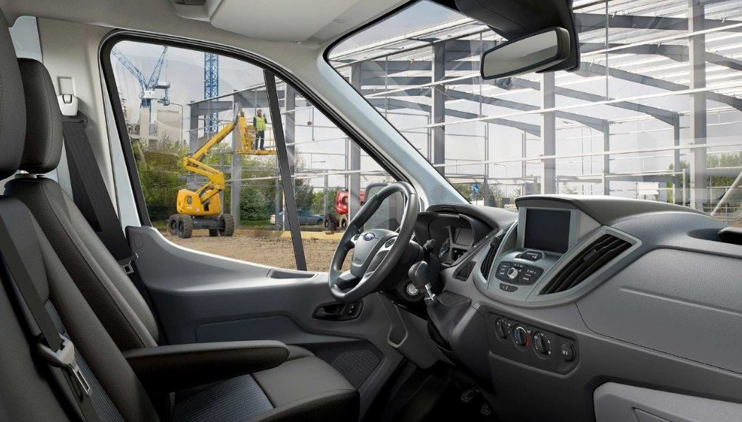 Interior del Ford Transit Chasis.