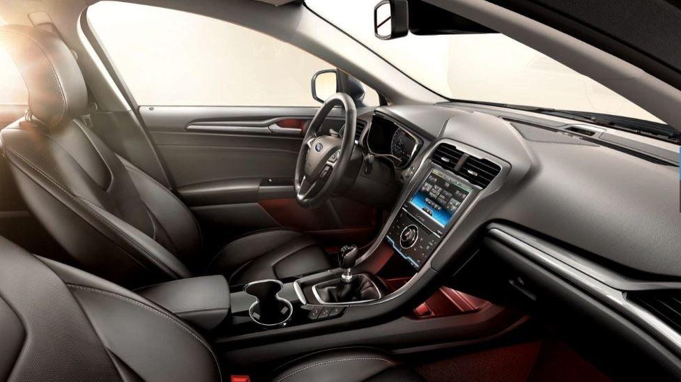Interior del nuevo Ford Mondeo.