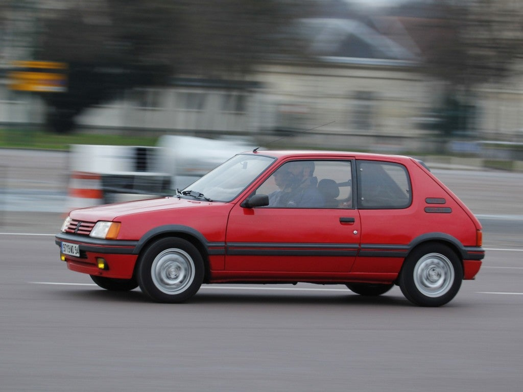 Peugeot 205 GTI: lateral