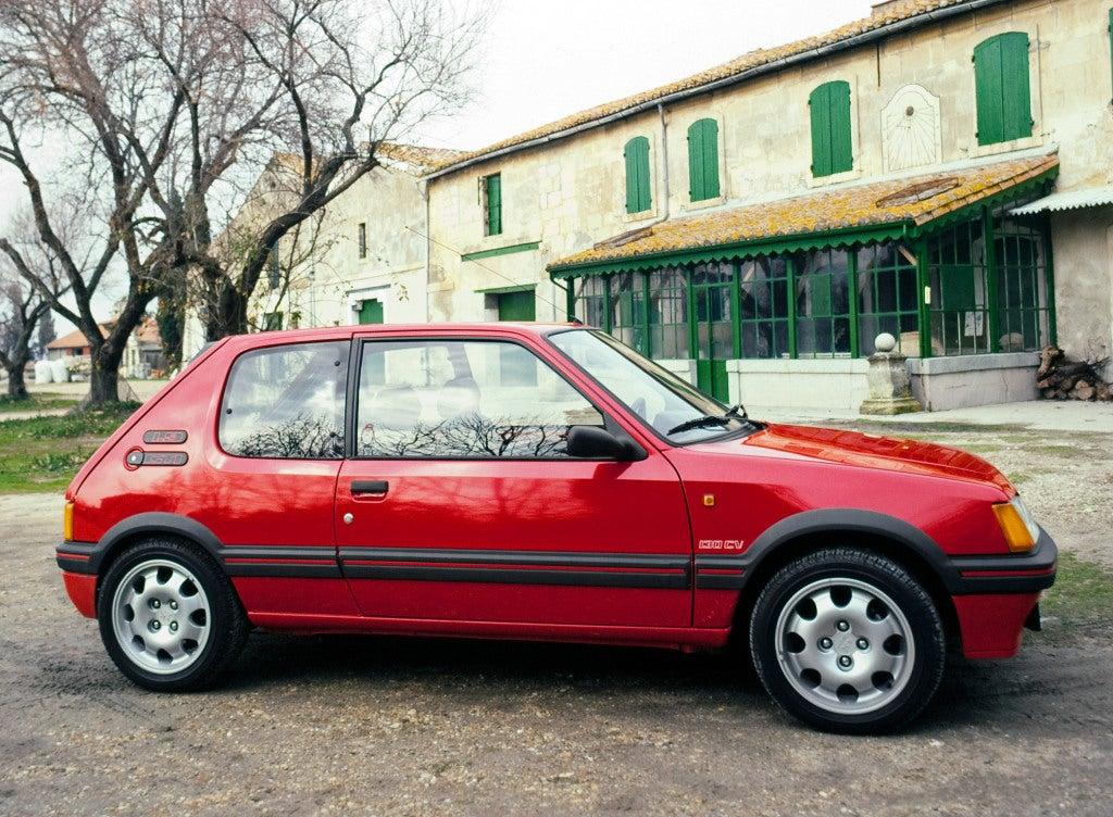 Peugeot 205 GTI: el provocador de los 80