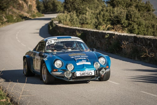 Renault Alpine A110 rally: frontal