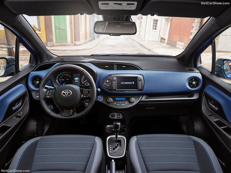 Toyota Yaris híbrido: interior