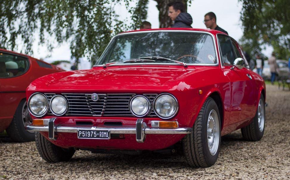 Alfa Romeo GTV.