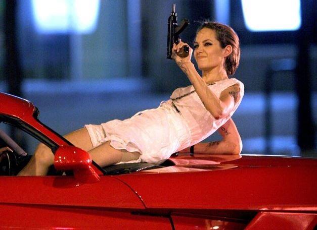 Los coches de Angelina Jolie