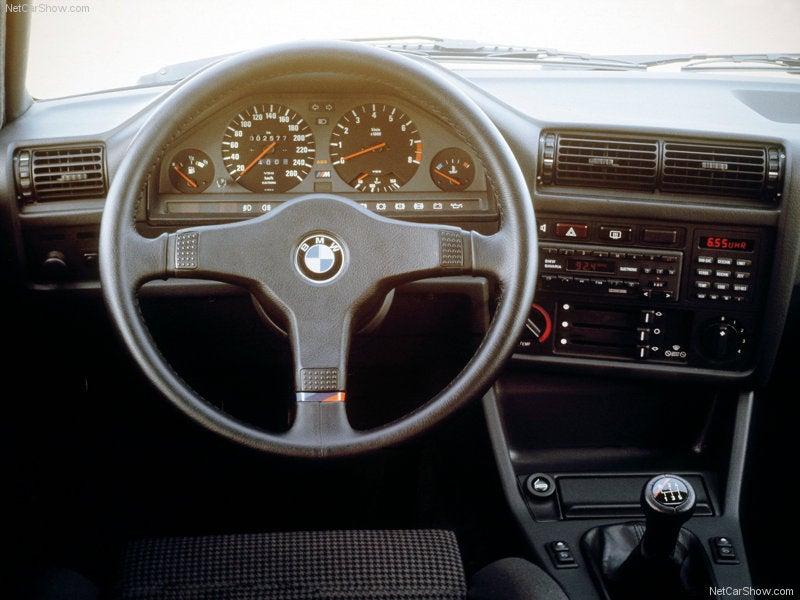 BMW M3 E30: interior