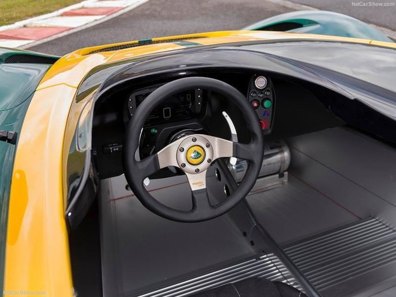 Lotus 3-Eleven: interior