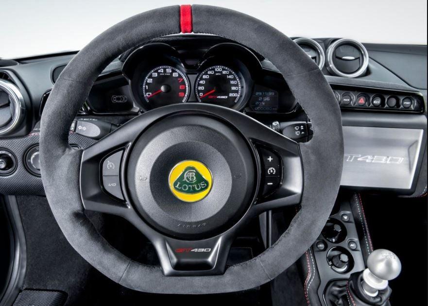 Lotus Evora GT430 interior.