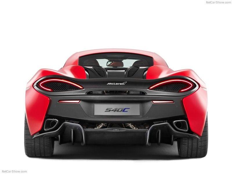 McLaren 540C: trasera
