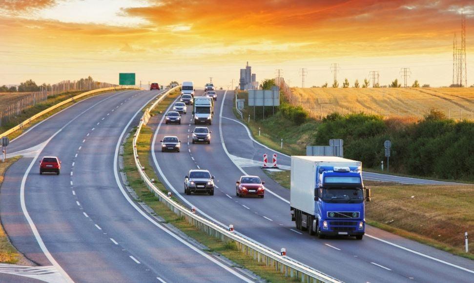 Obtener información del tráfico en tiempo real.