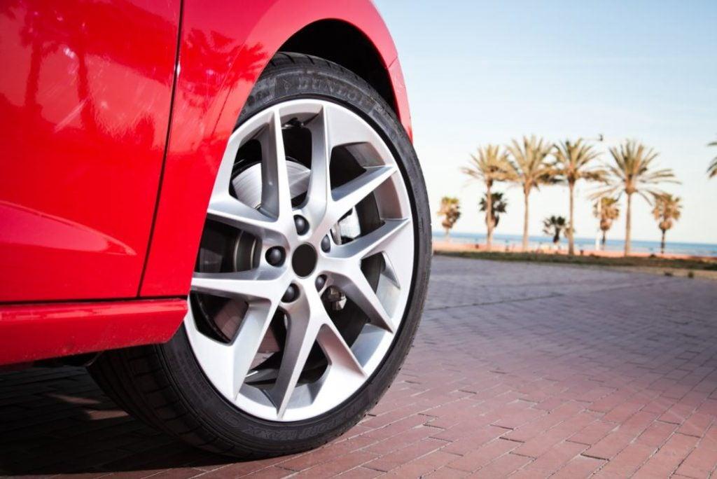 9 consejos para llevar los neumáticos correctamente