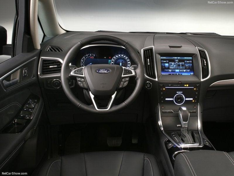 Ford Galaxy: interior