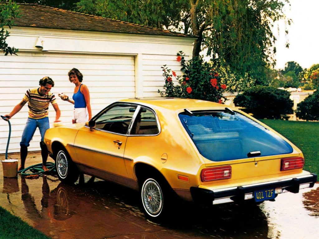 Ford Pinto: trasera