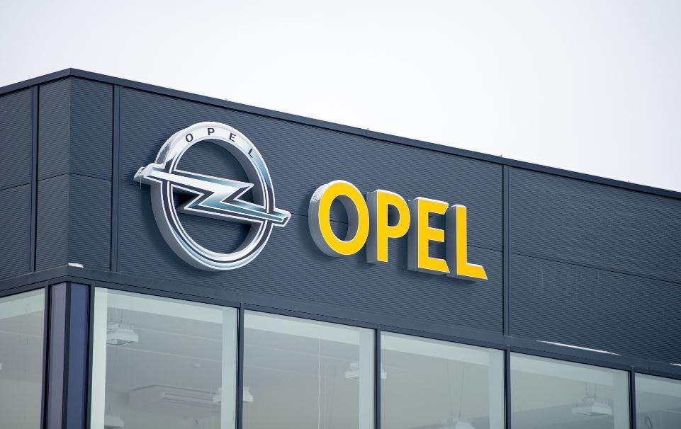¿Opel puede desaparecer tras ser comprada por PSA?