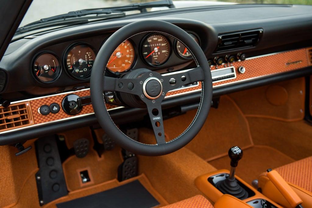Porsche 911 by Singer: interior