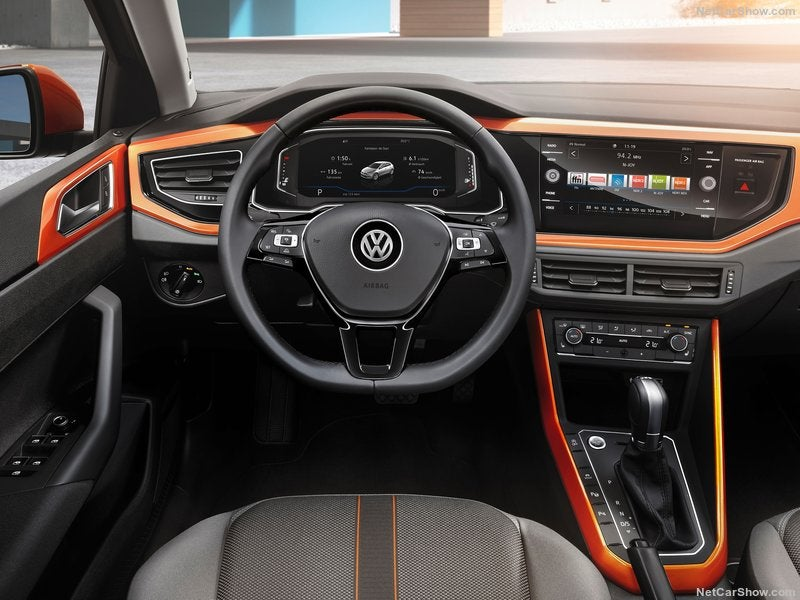 Volkswagen Polo: interior