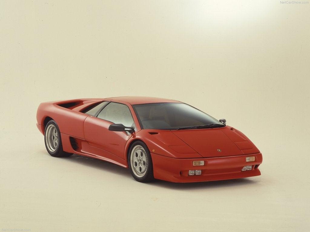 Lamborghini diablo visto de frente