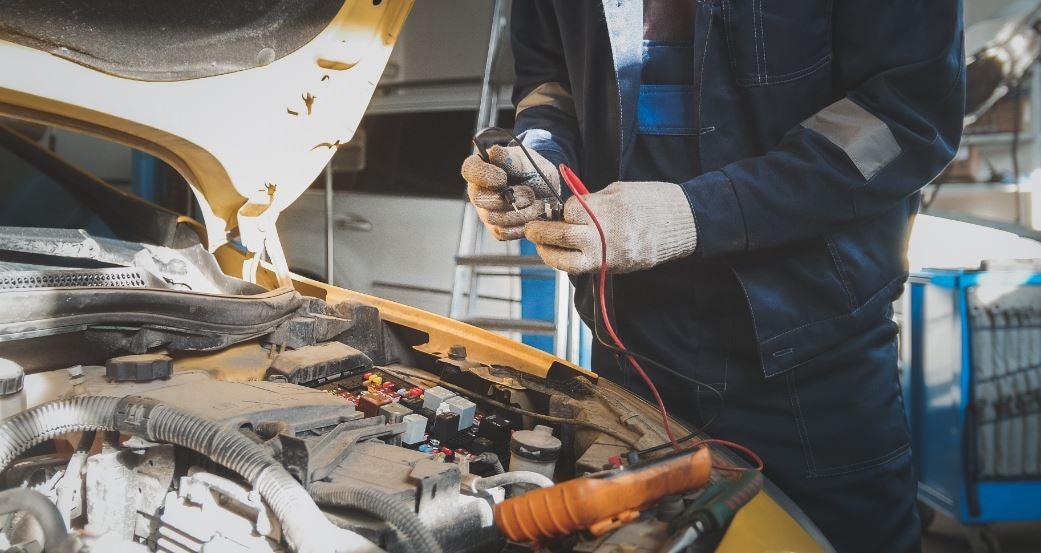 Fallos eléctricos más comunes en coches.