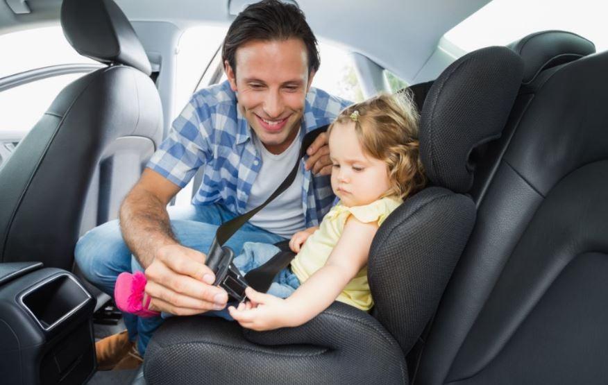 Los 6 mejores coches para llevar niños
