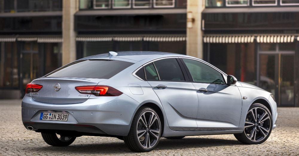 Parte trasera del Opel Insignia.