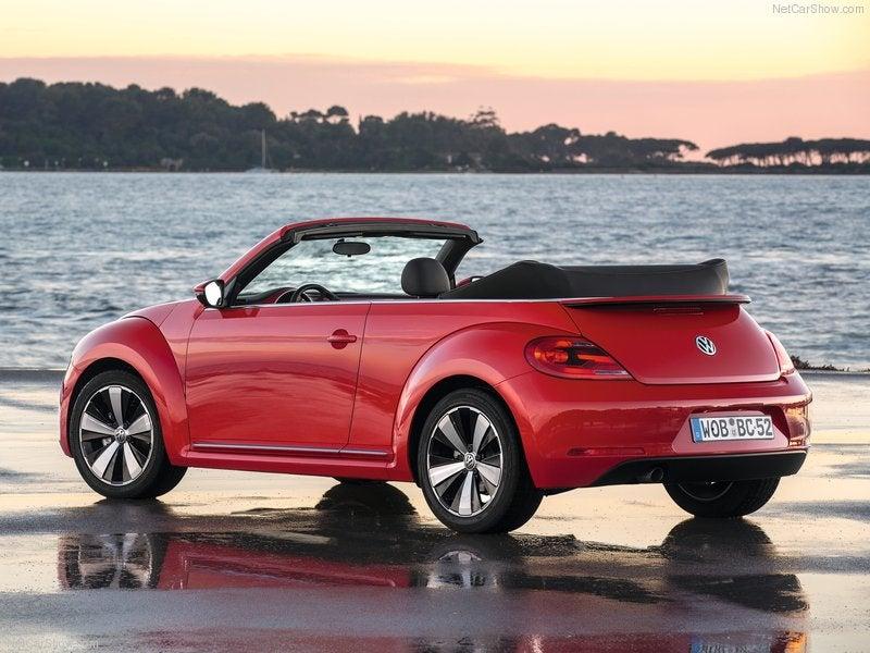 Volkswagen Beetle Cabrio: trasera