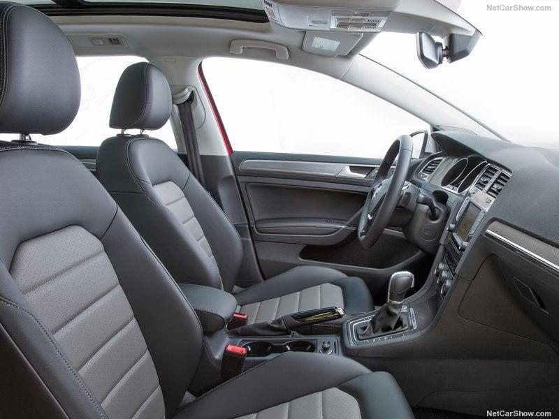 Volkswagen Golf Alltrack: interior