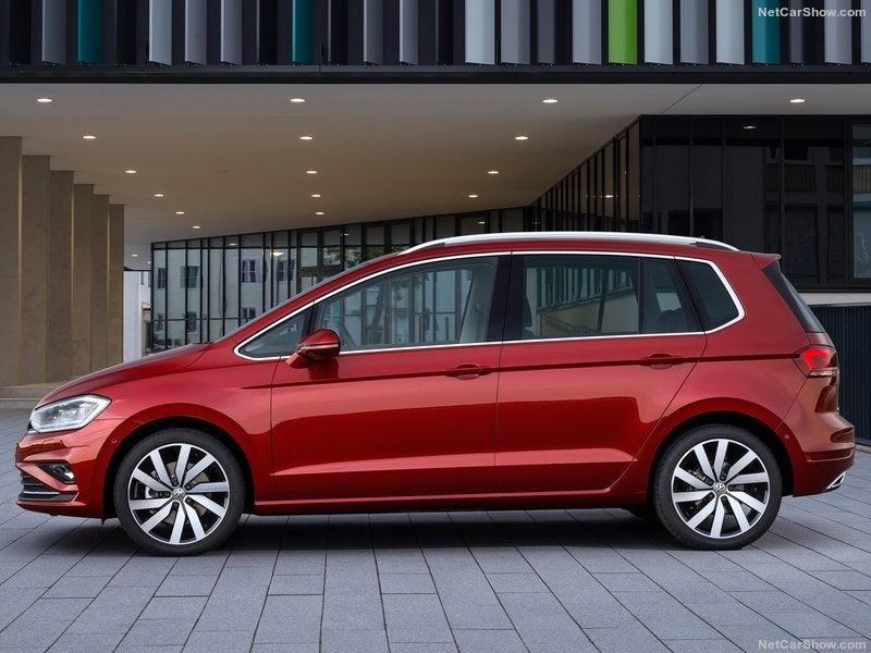 Volkswagen Golf Sportsvan: lateral