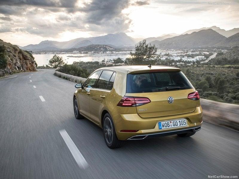 Volkswagen Golf: trasera
