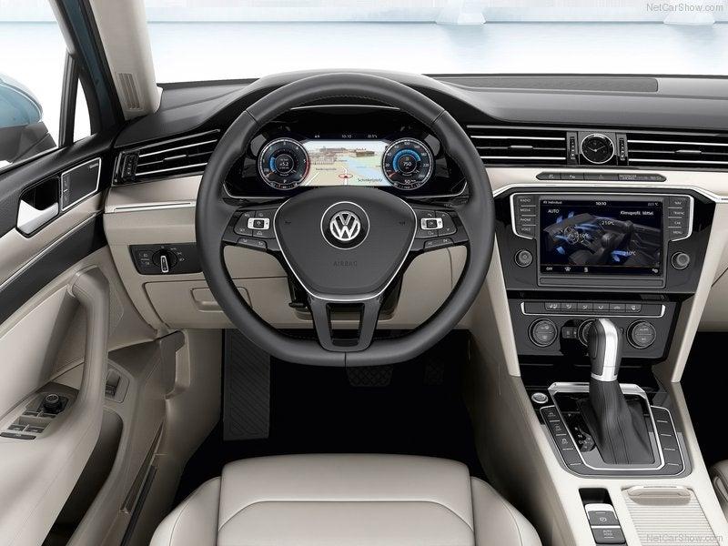 Volkswagen Passat Variant: interior