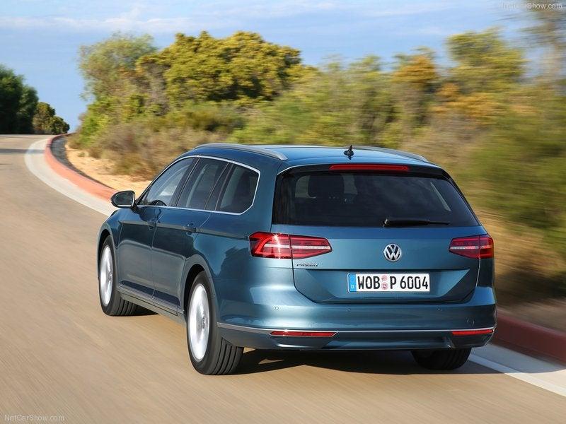Volkswagen Passat Variant: trasera