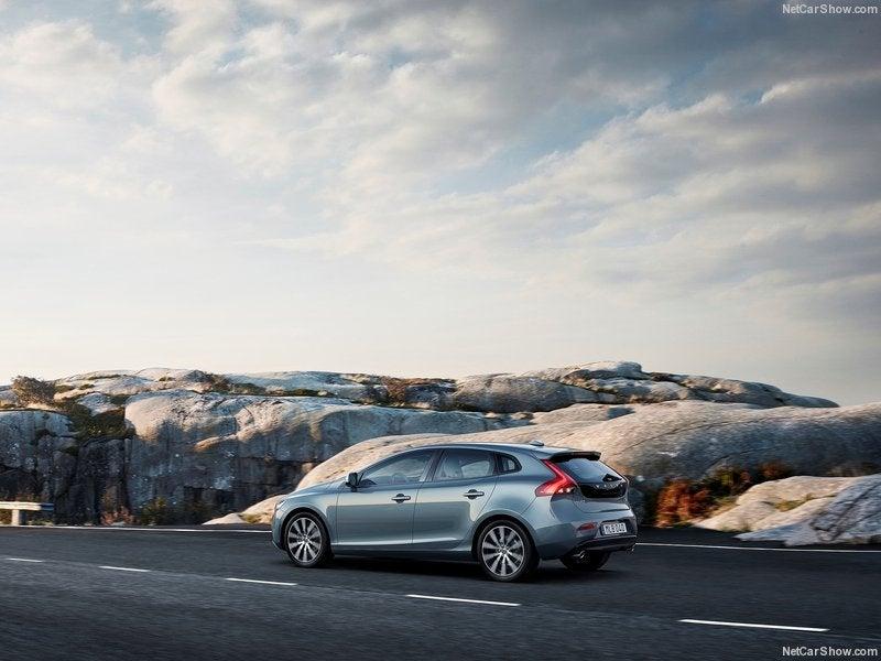 Volvo V40: trasera