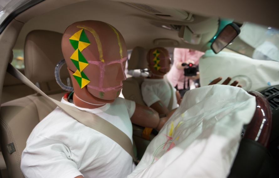 ¿Cuál es el funcionamiento y caducidad del airbag?