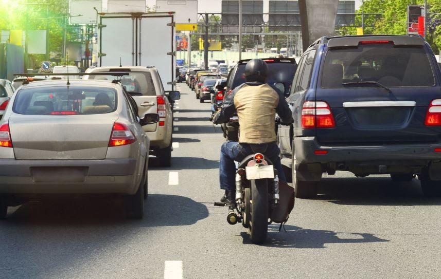 Comprar una moto.