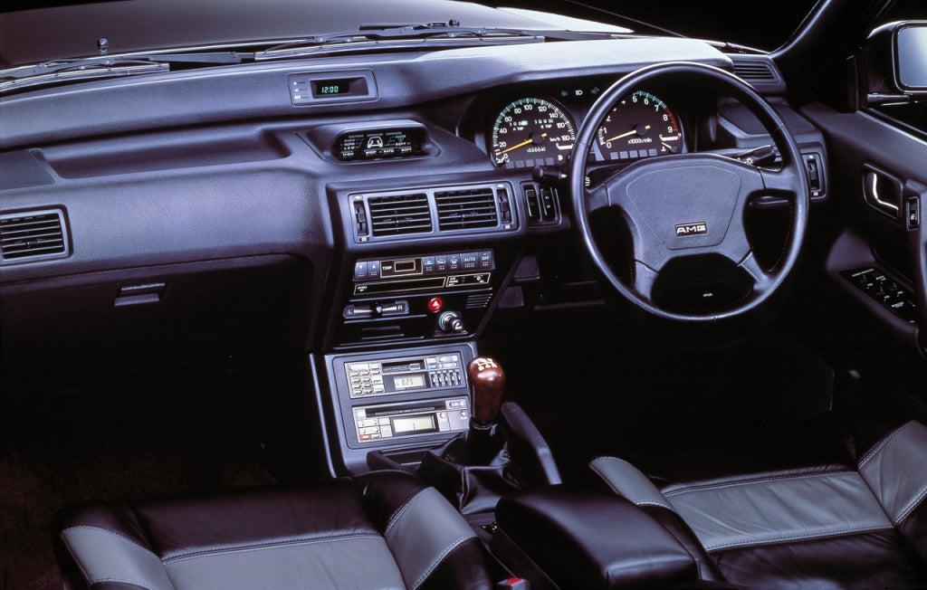 Mitsubishi Galant AMG: interior