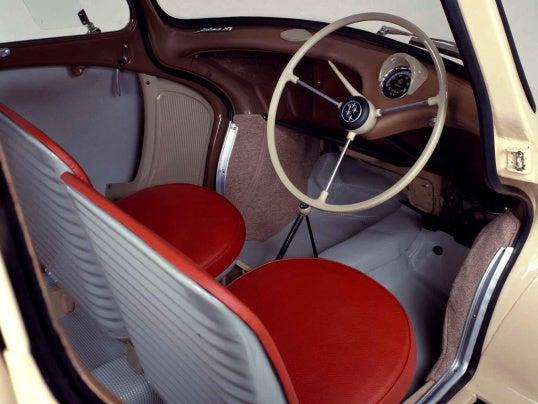 Subaru 360: interior