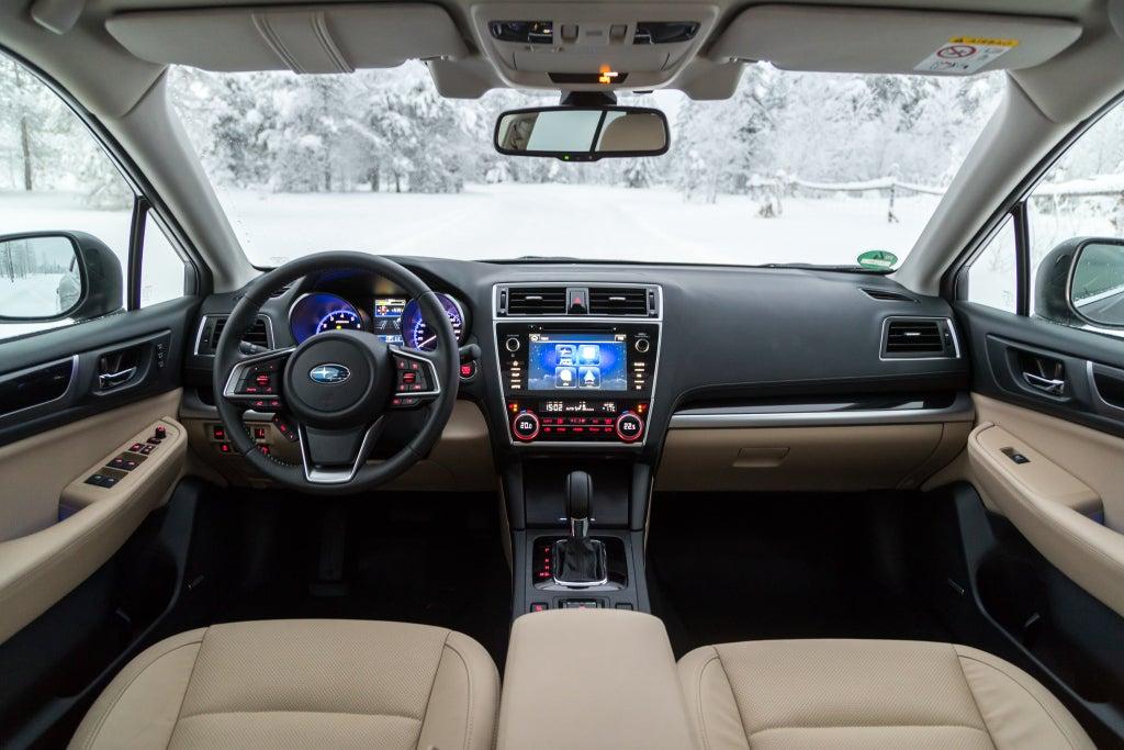 Subaru Outback: interior