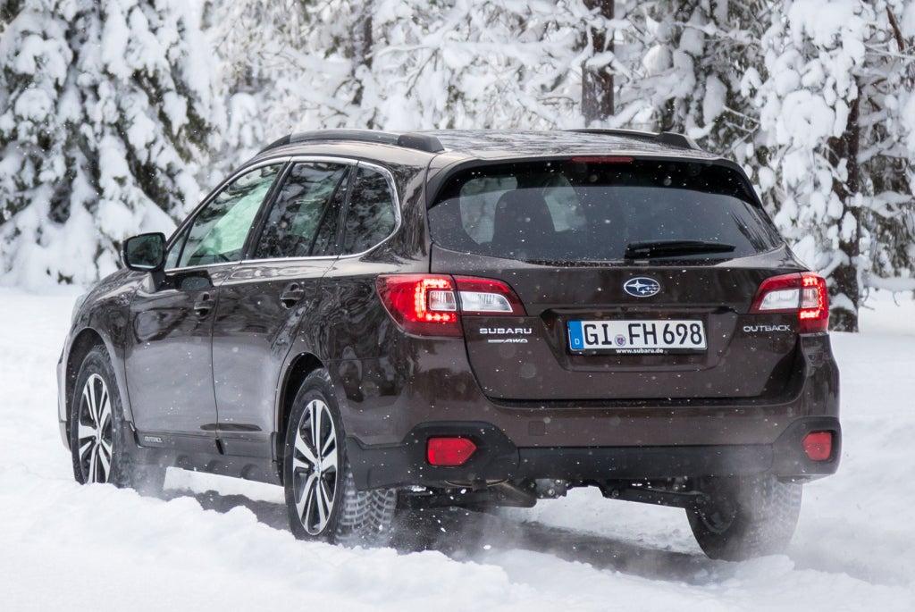 Subaru Outback: trasera