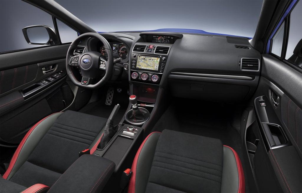 Subaru WRX STI: interior