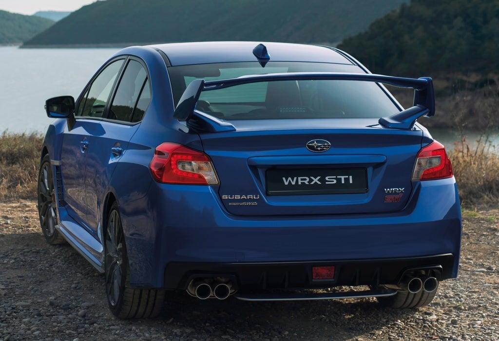 Subaru WRX STI: trasera