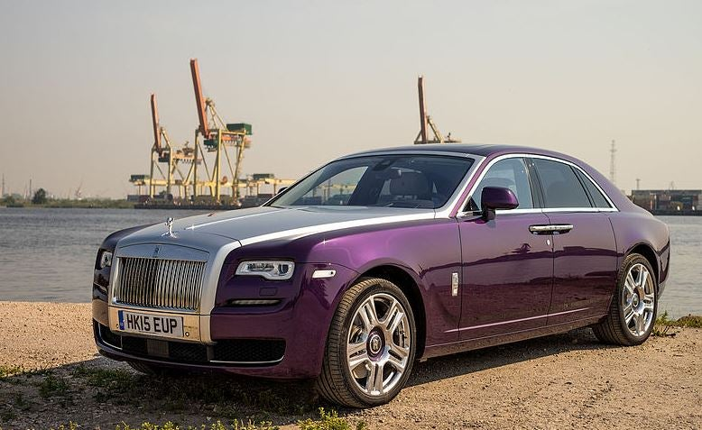 Exterior Rolls-Royce Ghost.