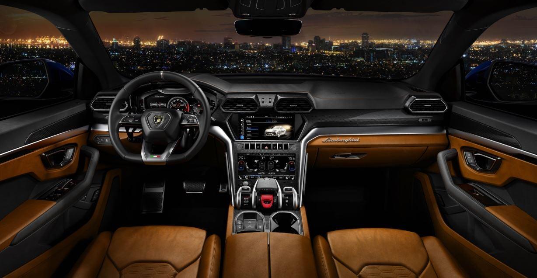 Interior del Lamborghini Urus.