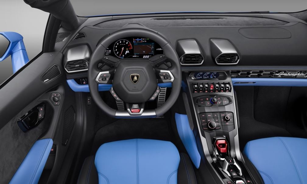 Interior del Lamborghini Huracán.