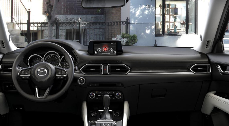 Interior del Mazda CX 5.
