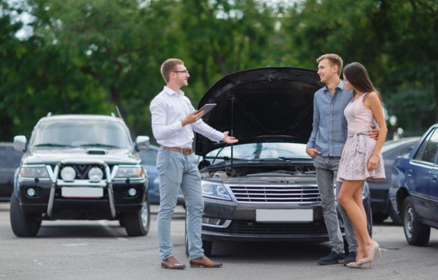 Precauciones que debes tener al comprar un coche usado