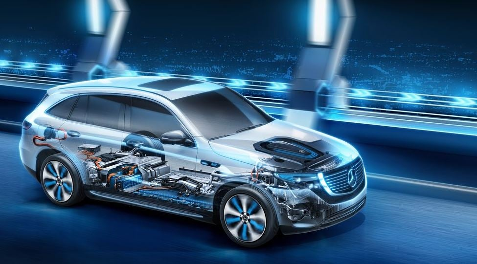 Diseño del Mercedes EQC de 2018.