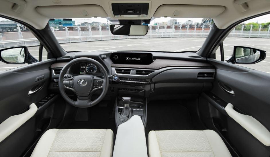 Interior del Lexus UX 250h.